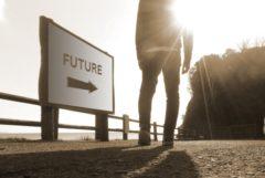 未来へ一歩を踏み出す若者