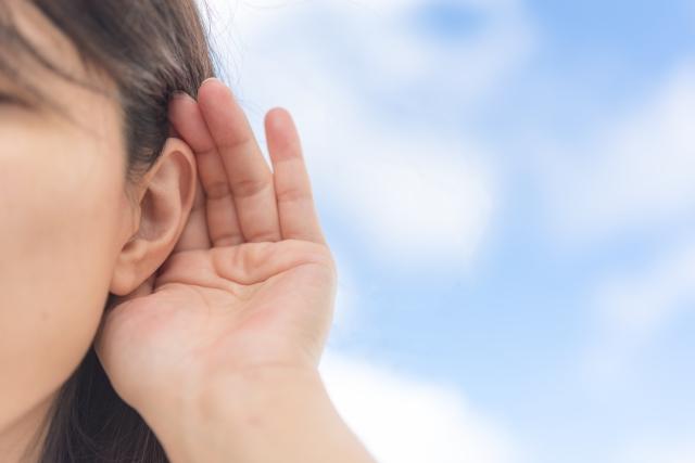 聞く耳を持つ母親